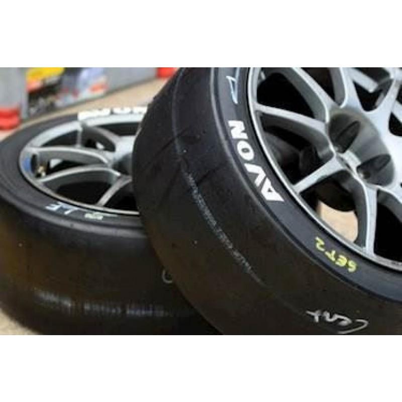 Avon Radial Slick dæk. Str. 230/550R15. Spec.